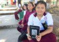 FOMENTAN EL HÁBITO DE LA LECTURA CON PRESENTACIÓN DE LIBRO PARA JÓVENES