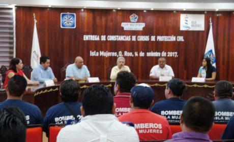 IMPULSA EL GOBIERNO MUNICIPAL LA CAPACITACIÓN DEL PERSONAL DE PROTECCIÓN CIVIL Y BOMBEROS