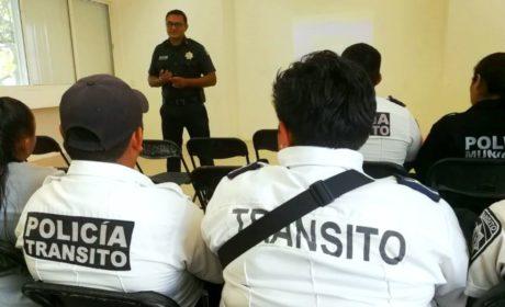 RECIBEN CURSO EN PREVENCIÓN DE ACCIDENTES AGENTES DE TRÁNSITO DE ISLA MUJERES