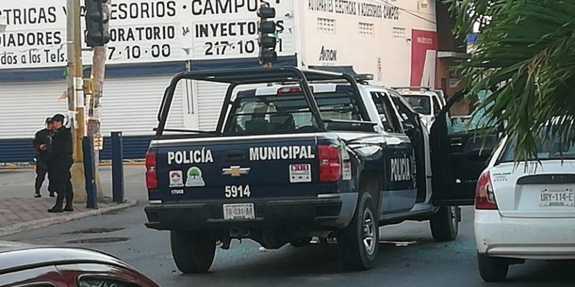 POLICÍAS REDOBLAN SU SEGURIDAD AL PATRULLAR