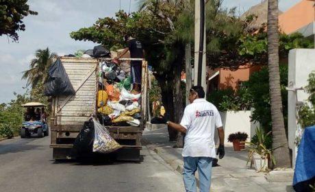 Refuerza gobierno municipal servicios públicos en Isla Mujeres