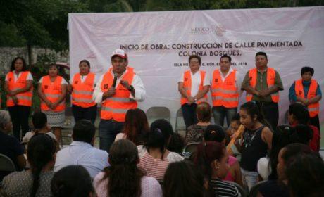 PAVIMENTA GOBIERNO MUNICIPAL CINCO CALLES DE RANCHO VIEJO