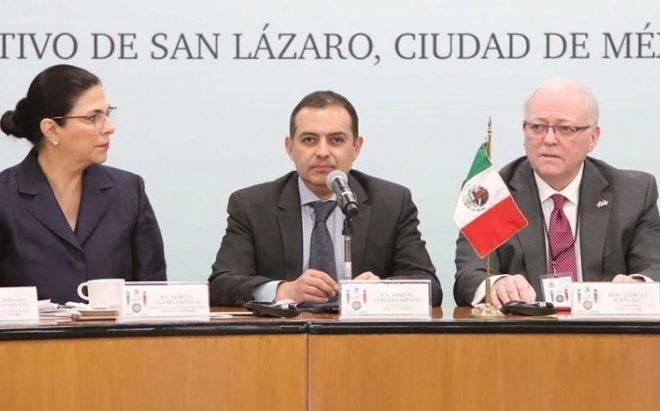 Senadores de México y Canadá 'sepultan' TLCAN bilateral