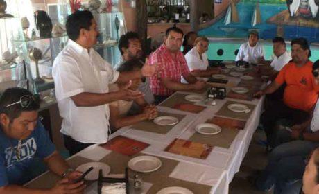 Militantes de Morena dan respaldo a Edgar Gasca en Isla Mujeres