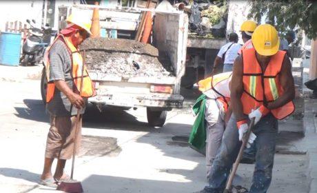 Trabaja Gobierno de Isla Mujeres para mantener vialidades seguras